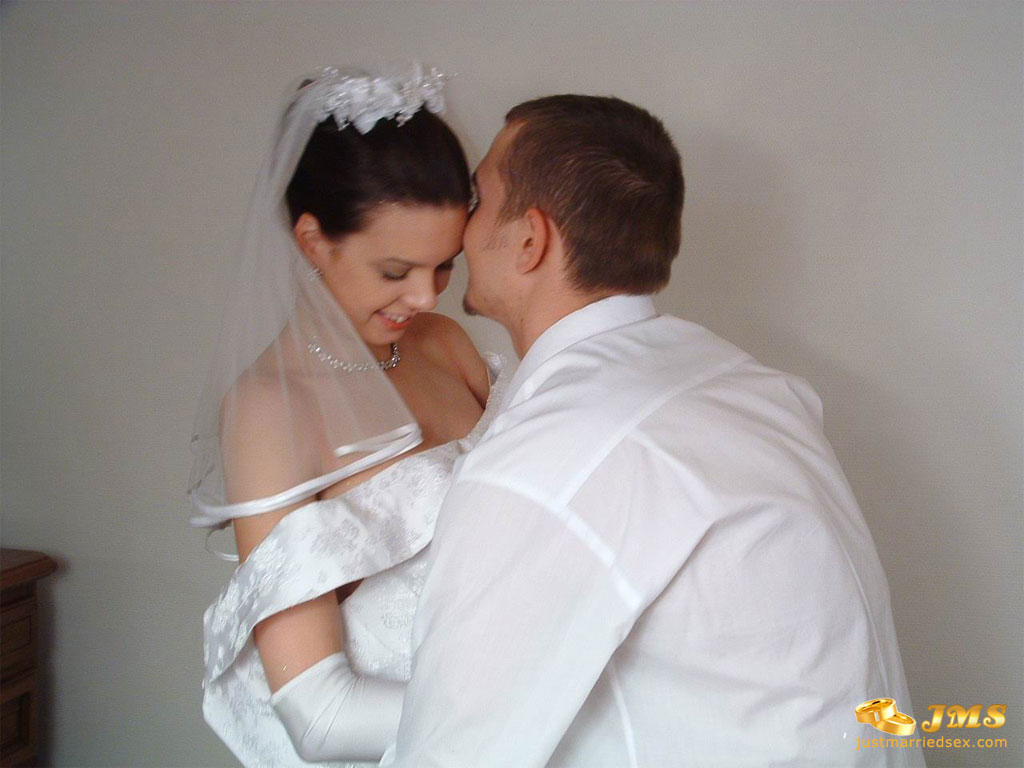 With Russian Bride Couldn 22